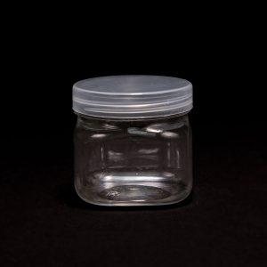 """צנצנת פלסטי מרובע+מכסה ר.5 ג.5 ס""""מ (50 מיל)"""