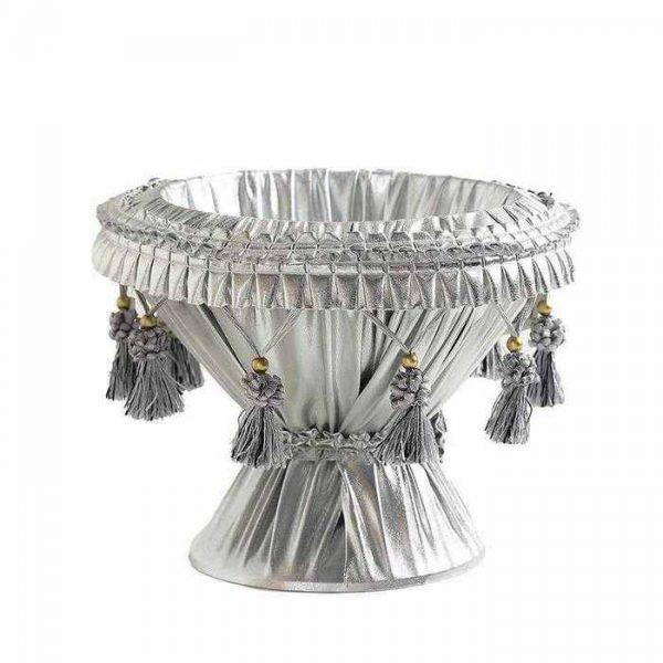 """גביע פלסטיק מצופה בד לחינה ק.26 ג.20 ס""""מ- כסף"""